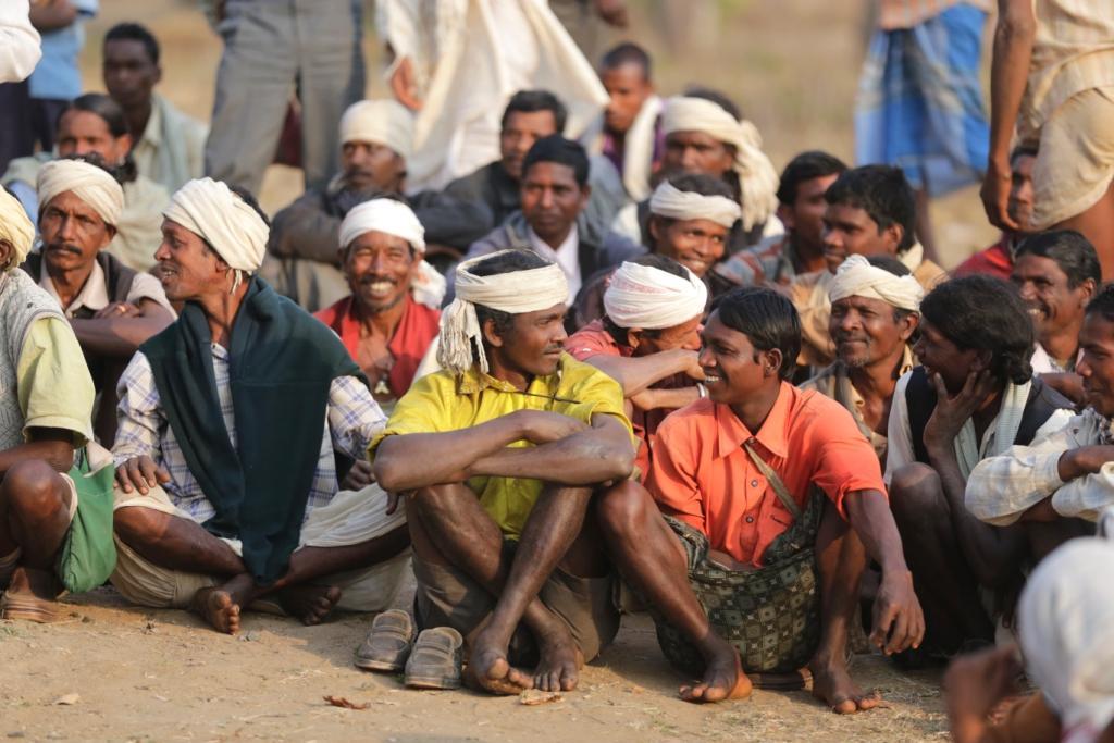 शियासत की जंग में बेघर होंगे 10 लाख आदिवासी व अनुसूचित समाज के लोग।